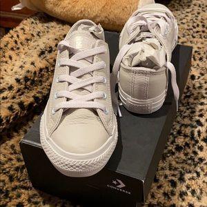 Converse - Off White / Beige
